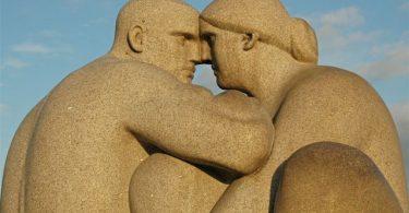 Muškarac i žena (Gustav Vigeland)