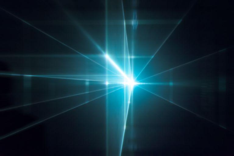 Lasersko svetlo (Vikipedija)
