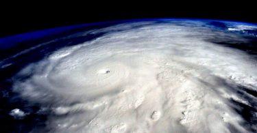 Разорни урагани (Википедија)