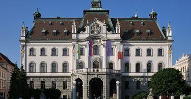 Универзитет у Љубљани (Википедија)