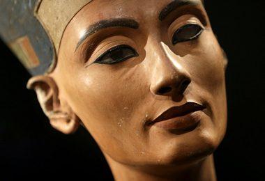 Маска мумије (Википедија)