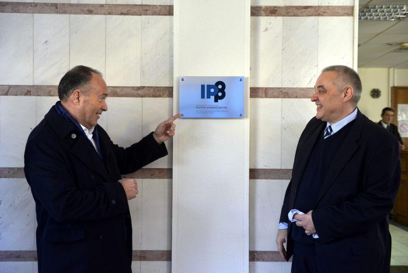 Mladen Šarčević i Aleksandar Bogojević (IFIZ).