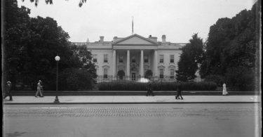Бела кућа 1917. (Википедија)
