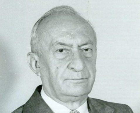 Akademik Pavle Savić