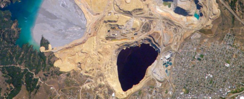 Rudnik Berkli pit (NASA)