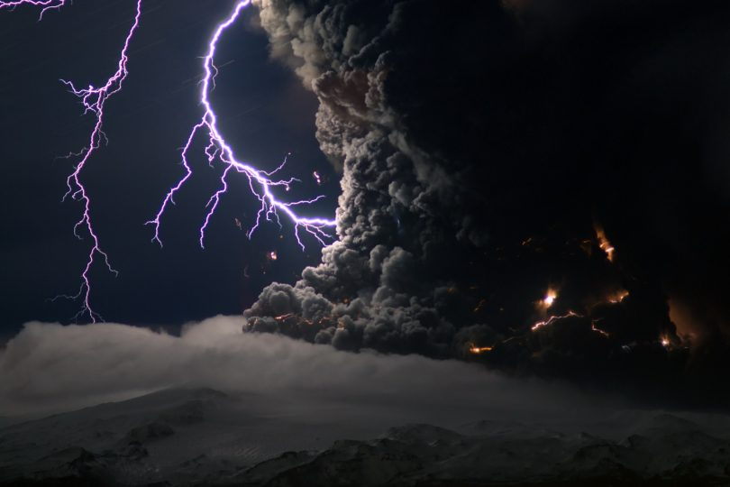 Буђење вулкана (Википедија)