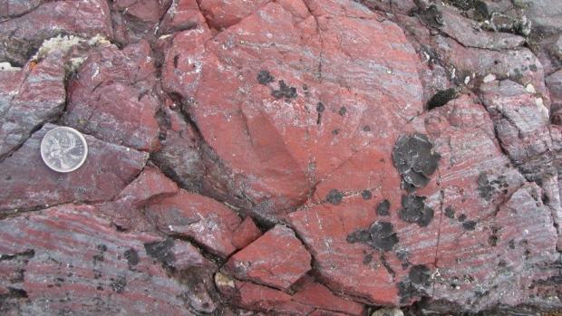 Pradavne stene (Vikipedija)