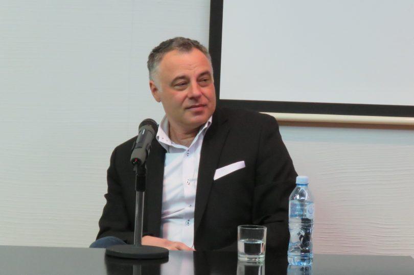 Aleksandar Kavčić (MF)! (Vikipedija)