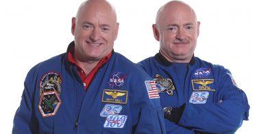 Skot i Mark Keli (Vikipedija)